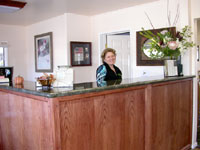 Friendly Staff Peach Tree Inn San Luis Obispo California * Hotels Accommodations Amenities SLO Ca