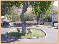 Peach Tree Inn San Luis Obispo Hotels lodging * SLO Accommodations Charm